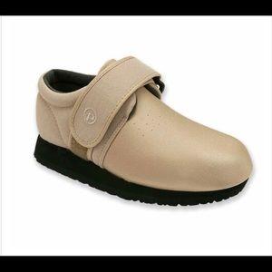 Pedors Classic Stretch Shoes Fr Swollen Feet Beige